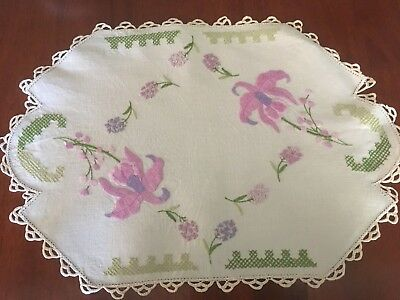Stunning vintage linen embroidered Mauve Orchids & others Centrepiece Doily Exc