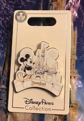 Disney Mickey Disneyland Resort Sketch Castle Pin New OE Pin