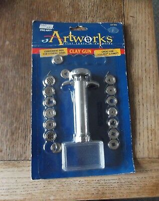 Pro Art Artworks Clay Gun, 19 discs, complete, never used, brand new condition.