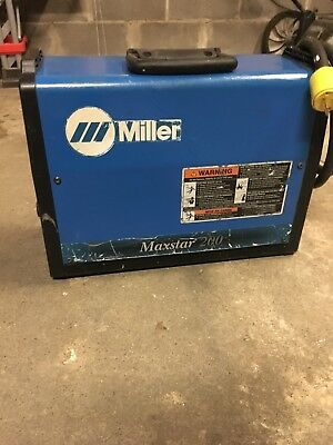 Miller welder Maxstar 200 SD TIG/Stick welding machine
