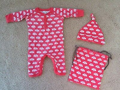 * FRENCH CONNECTION Baby Girl Sleepsuit / Babygrow Hat & Bag Set 0-3 Months *