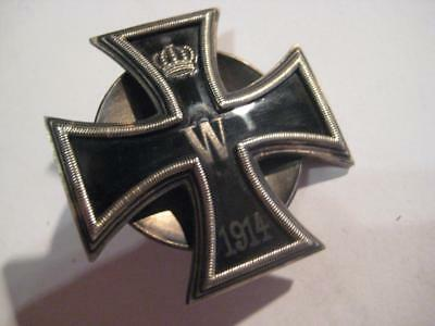 Iron cross first class WW I 1914 - 1918 on srcew front hard enamel more pieces