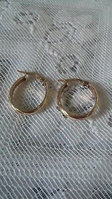 Lovely Patterned Creole 375 9ct Gold Earrings Weight 1Gram
