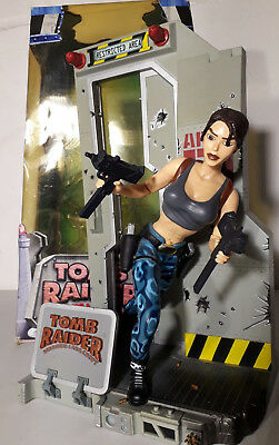 @@@ Tomb Raider Lara Croft Area 51 Action Figur In Ovp 72003 Eidos @@@