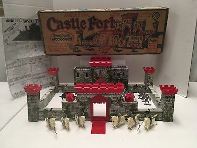 Marx Vintage Medieval Castlefort Playset With Box 4710