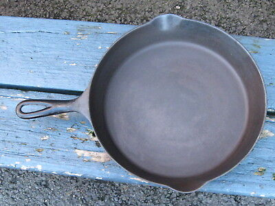 RARE Antique WAGNER - SIDNEY HOLLOW WARE CO Cast Iron SKILLET Pan # 9 A - NICE!