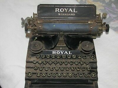 "1900's Royal Standard ""Flatbed"" Antique Typewriter"