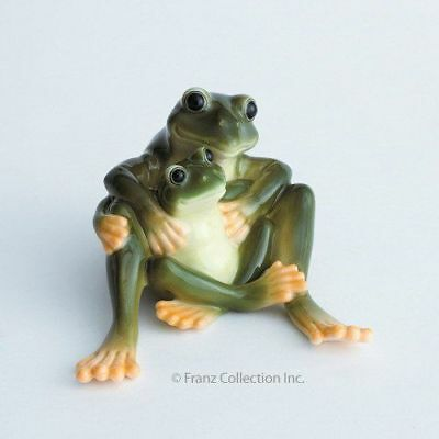 New In Box Franz Porcelain Frog Mother & Daughter Figurine Fz00625