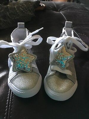 Cat & Jack Girls High Top Sparkly Stars Gray Tennis Shoes Size 7****NEW****