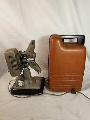 Vintage REVERE 8 Model  P-90 8MM Movie Film Portable Projector with Case