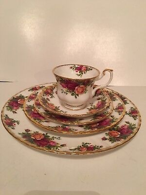 Royal Albert Old Country Roses  England Bone China 5 Pc Place Setting
