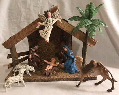 Vintage Nativity Set Stable + 7 Figures Made in Italy