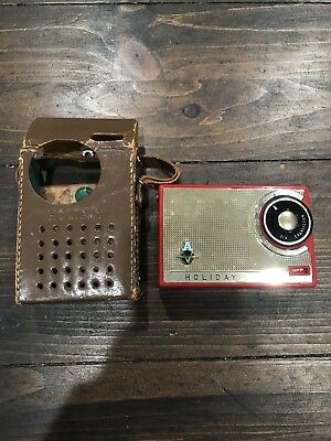 Vintage Holiday Six Transistor Radio Red