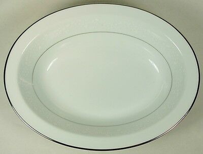 "Noritake Japan Buckingham 6438 10"" Oval Vegetable Bowl White Platinum"