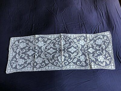 Lovely Vintage Cream Italian Hand Worked Burrato Lace Table Runner Dresser Scarf