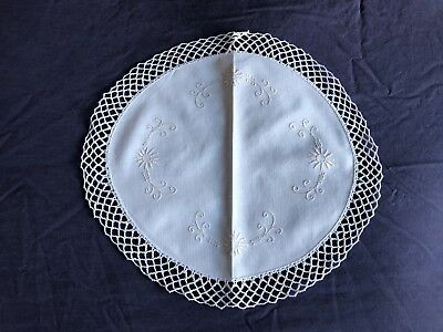 Superb Vintage Cream Irish Linen Embroidered Table Centrepiece Crocheted Edging