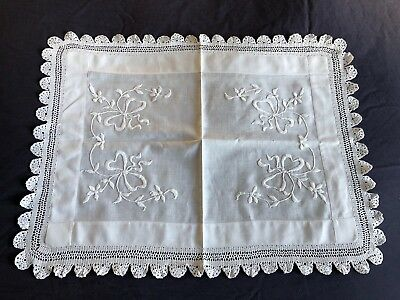 Edwardian Vintage White Cotton Butlers Tray Cloth Crocheted Edging / Embroidery