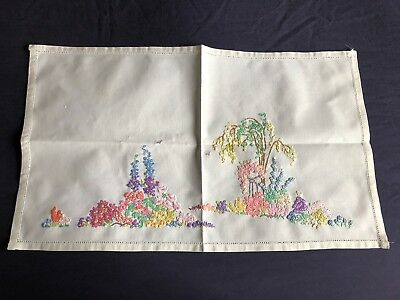 Very Pretty Vintage Cream Cotton Hand Embroidered Tray Cloth / Table Centrepiece