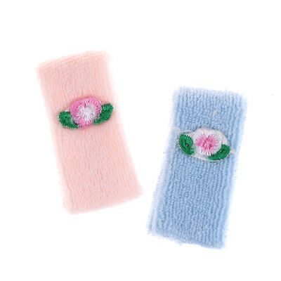 Dollhouse Miniature Bathroom Accessory Set of 2 Towels Pink & Blue Flower、MAE