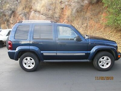 2005 Jeep Liberty Limited with Leather well maintained, west coast  Jeep Liberty