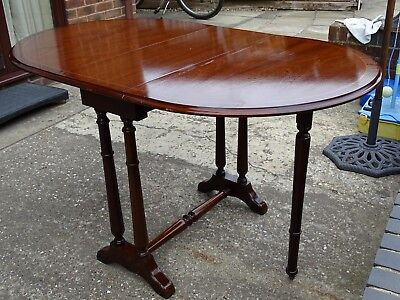 Oval Mahogany Drop Leaf Dining Table