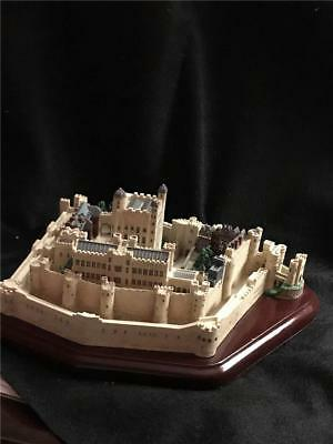 """Lenox """"Tower Of London"""" Great Castles of the World Collection 1995"""