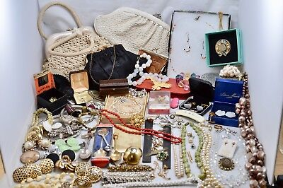 Huge Job Lot Antique Vintage Modern Jewellery Brooches Necklaces Bag Silver A