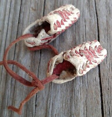 Vintage 1950's Miniature Leather Mexican Chanklas Huaraches Sandals Keychain