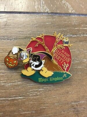DONALD DUCK MICKEY'S NOT SO SCARY HALLOWEEN PARTY 2006 EVENT LE  DISNEY PIN b14