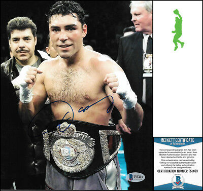Oscar De La Hoya Autographed Signed 8X10 Photo Picture Boxing Beckett Coa