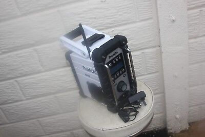 Makita 18V Lxt Bmr104 Job Site Radio Dab/fm/aux Can Work With Main & Battery