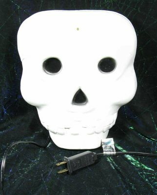 Vintage Halloween White Skeleton Head Flat Light Up Blow Mold Made In USA