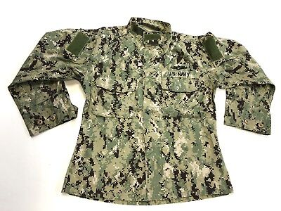 US Navy NWU Type III Blouse AOR2 Small Short Pre-Owned