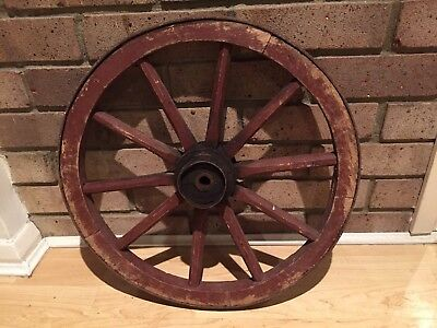 VINTAGE WOODEN CARTWHEEL / WAGON WHEEL 45cm - WEDDING TABLE PLAN