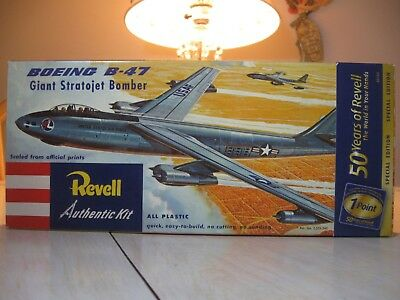 REVELL 1/113 BOEING B-47 giant strategic bomber  #H206:98
