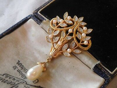 Gorgeous Vintage 1970s Crystal Seed Pearl Drop Brooch