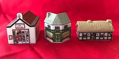 Lot Of 3 Wade Whimsey On The Why Village Buildings