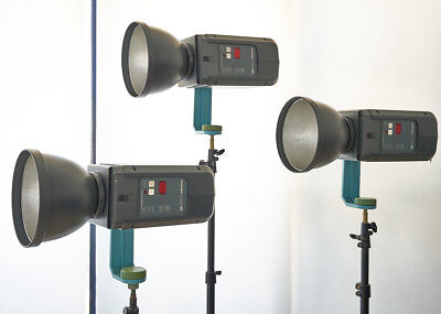 $2278 ONLY! BRONCOLOR COMPULS - COMPLETE 3 LIGHT STUDIO FLASH SYSTEM 4800 w/s