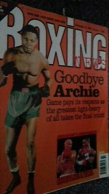 DEC 18TH  1998  BOXING NEWS ARCHIE MOORE /PAUL LlOYD -LUIGI  MANCINI/MAYWEATHER