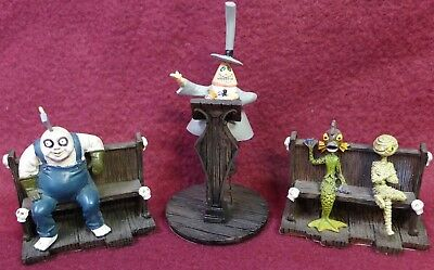 Nightmare Before Christmas Town Meeting Accessory Set w/COA
