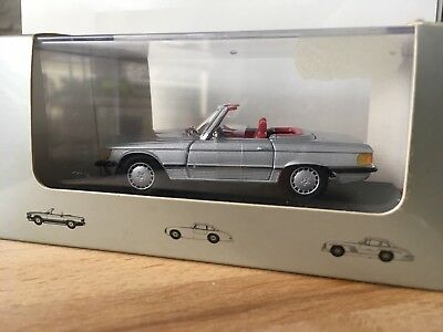 Modell Mercedes SL 107, 560 SL. Classic-Collection, 1:43