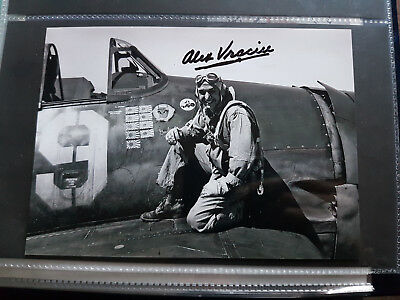 US Navy WWII figter ace Commander Alex Vraciu Navy Cross DFC AM signed
