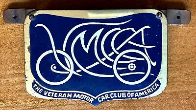 THE VETERAN MOTOR CAR CLUB OF AMERICA, vintage enamel badge w/ bracket VMCCA