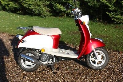 BOATIAN 50cc SCOOTER  unregistered with just 3 delivery miles.