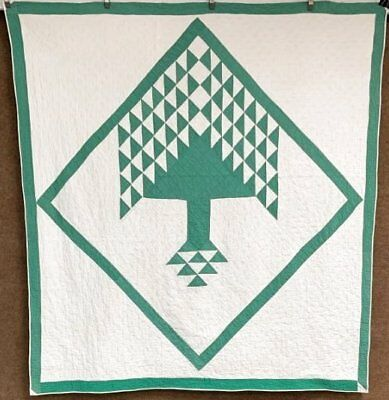 Oh Christmas Tree! c 1930s Center Diamond QUILT Vintage Mennonite GREEN