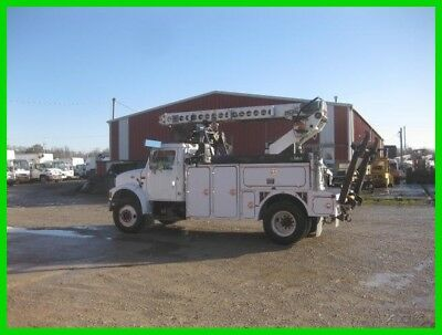 2001 INTERNATIONAL 4700 T444E AUTO WITH TELSTA T40C PRO CABLE PLACER Used TELSTA