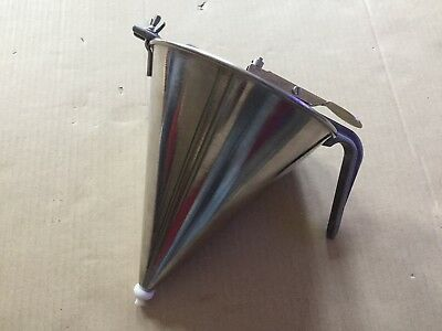 Two Piece Stainless Steel Piston Funnel 1.5litre 185x220mm