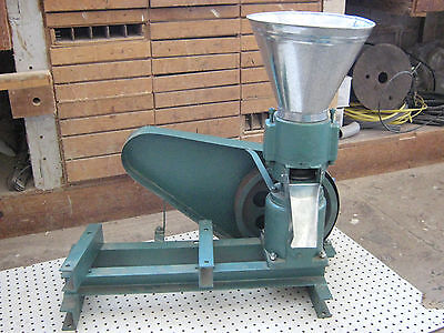 "Model 150 Non-Powered 6"" Pulley Drive Feed/Fertilizer Pellet Mill. USA In-stock!"