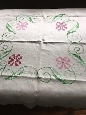 """Vintage Hand Embroidered Pink Daisy Flowers & Greenery Tablecloth  39"""" x 39"""""""