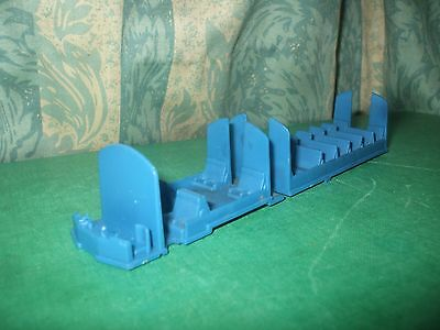 HORNBY CLASS 110 DMU BUFF SHORT SEATING MOULDING ONLY